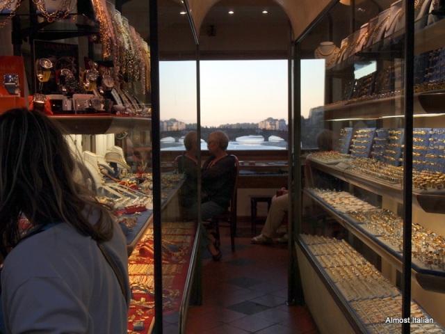 I negozi d'oro lungo ponte vecchio, Firenze
