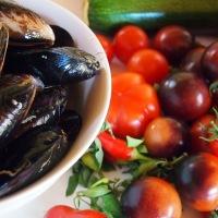Zuppa Estiva di Cozze.  Summery Mussel Soup.