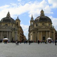 Symmetry in Rome. Piazza del Popolo.
