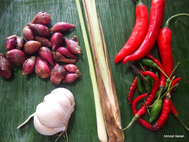 a variety of chilli with different levels of heat, garlic, shallot, lemongrass.