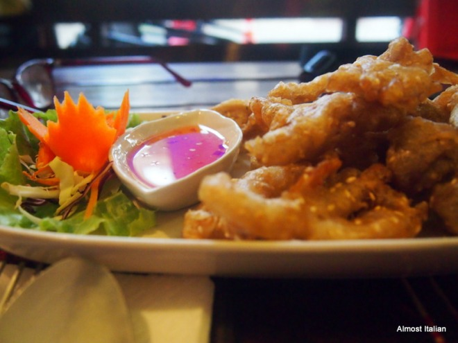 Deep Fried Mushrooms in a seasoned sesame seed tempura batter served with sweet chilli sauce. 75 Baht