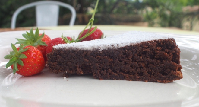 Reine de saba - Chocolate and almond cake.