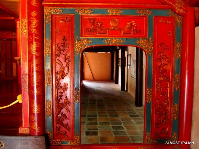 Inside Minh Mans palace