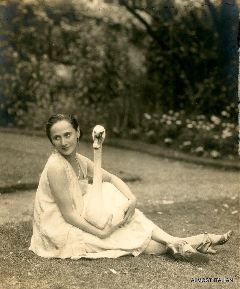 Anna Pavlova with pet swan, Jack