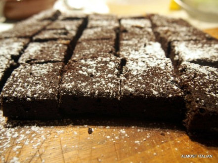 Healthy date and chocolate brownie