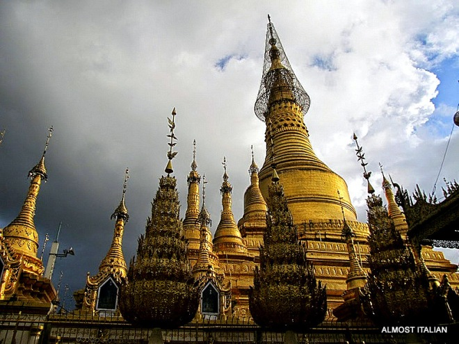 Buddhist temple, Myanmar
