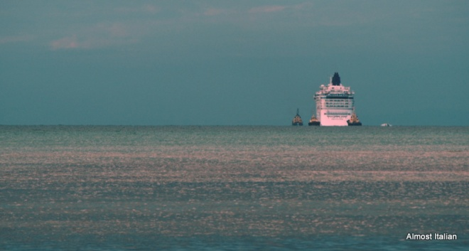 The Norwegian Star on its journey back to Melbourne