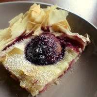 Plum and Semolina Cream Tart