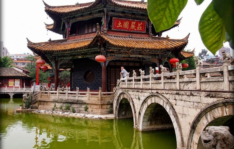 Bridges of Yuantong Temple, Kunming, China