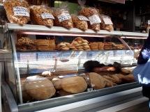 Un piccolo forno dentro il mercato